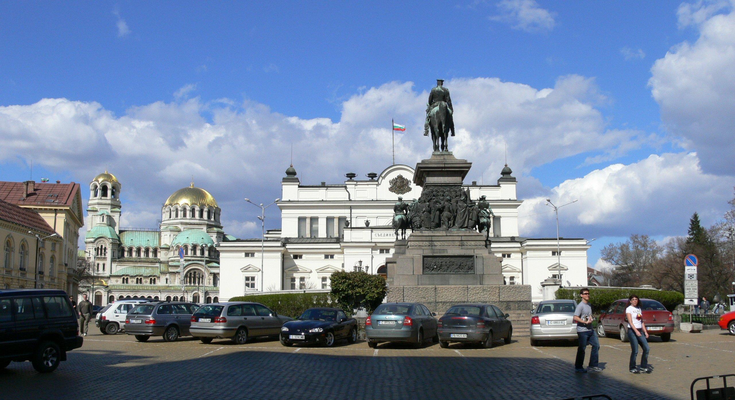 1-Sofia-parliament-square-ifb